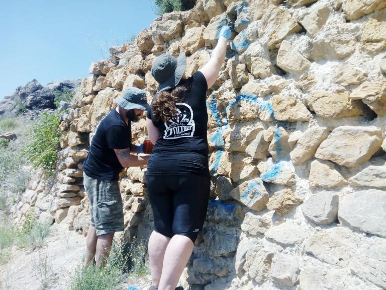 grafittis-Castillo-de-Orihuela
